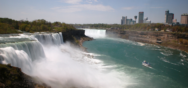 Hotel Review: Wingate by Wyndham Niagara Falls, New York hero image