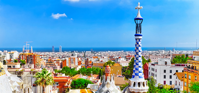 10 Reasons to Visit Spain hero image